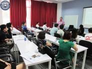 Lớp Thạc sĩ Quản trị kinh doanh và Thạc sĩ Kế toán tìm hiểu về Triết học cùng TS. Đặng Minh Tiến