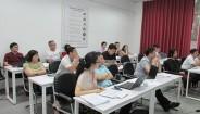 Lớp thạc sĩ quản trị kinh doanh và Thạc sĩ Kế toán kết thúc học phần Triết học