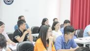 Lớp Thạc sĩ Quản trị kinh doanh (MBA) tiếp tục thực hành kỹ năng kinh doanh thương mại
