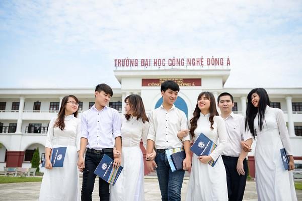 Khóa đào tạo quản trị kinh doanh đại học Công Nghệ Đông Á